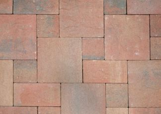 intricately-laid-bricks-in-different-sizes at townsville pavers